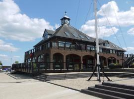 Boathouse Hotel, Hythe