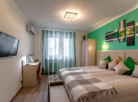 Apartments on Akademika Anokhina 5-1