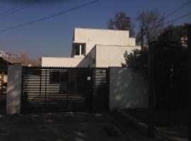 Maowil Home, Santiago (Apoquindo yakınında)