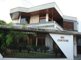 Cortese Hotel, Tatuí (Capela do Alto yakınında)