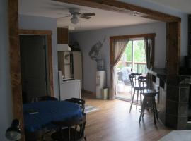 Tonapah Lodge, Cranberry Portage (Schist Lake yakınında)