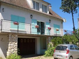 Maison de Famille, Seur (рядом с городом Ушам)