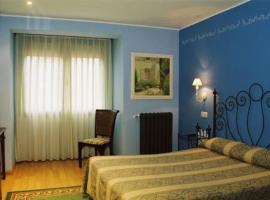 Hotel Conventin, Villaviciosa (Cazanes yakınında)