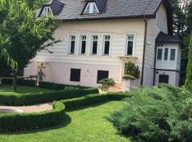 Vrelo Bosna house, Saraybosna (Bačevo yakınında)