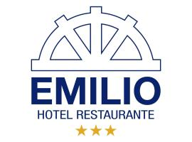Hotel Restaurante Emilio, Hellín (Casa Colorada yakınında)