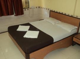 Girija Payyade Hotel, Kalyan (рядом с городом Dombivli)