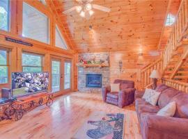Hemlock Manor- Three-Bedroom Cabin