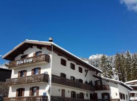 Hotel Villa Elena, San Martino di Castrozza