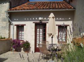 La Garconniere, Manoir de Longeveau, Pillac