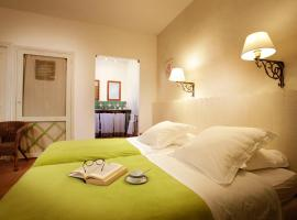 Chambres d'Hôtes Logis de l'Astrée, Saint-Bris-des-Bois
