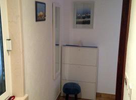 Studio Apartment Riva, Сумартин