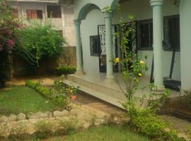 Grande Maison Individuelle, Ekoko II (Mbalmayo yakınında)