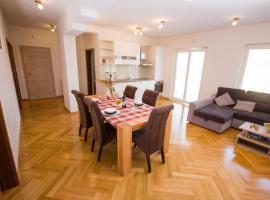 Luca Ozi apartment, Стобрек