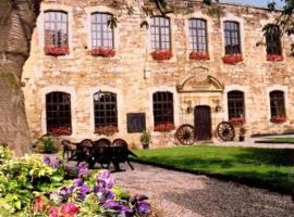 Chateau De Latour, Latour (Virton yakınında)
