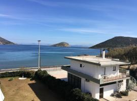 Aparment 10m away from the sea - Porto Rafti, Kalívia Thorikoú