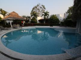 Villa Blanca Suites