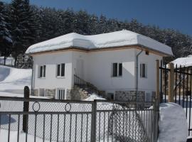 Vila Velikula, Shiroki Dol (Rayovo yakınında)