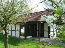 Ferienhaus Mohikaner im Feriendorf, Bachenbrock (Twielenfleth yakınında)