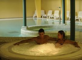 Wellness Hotel Cervo, Lavarone (Lastebasse yakınında)