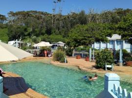 Blue Lagoon Beach Resort, The Entrance (Bateau Bay yakınında)