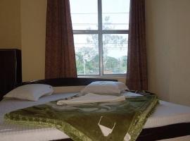 Orchard Hotel, Гувахати (рядом с городом Kamakhya)