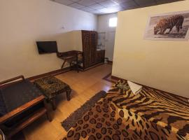 Motel Chandan, Kānha (рядом с городом Dhanwār)