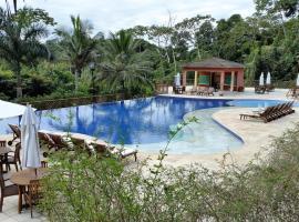 Bangalô em Ilhabela - Cond. Yacamim