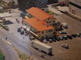 Hotel Ristorante Amalfitana, Dello (San Paolo yakınında)