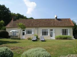 Maison De Vacances - Crottefou, Quarré-les-Tombes (рядом с городом Chalaux)