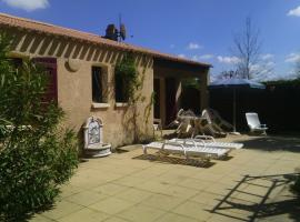 Holiday home Les salines, Grues