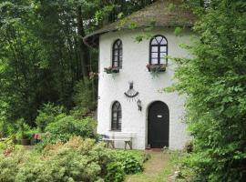 Turm Zur Pfaffenley, Strotzbüsch