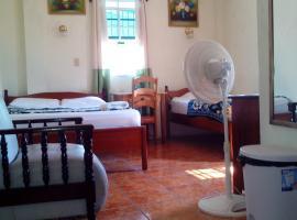 Western Guesthouse, San Ignacio (Santa Familia yakınında)
