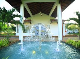 Ruins Chaaya Hotel, Polonnaruwa