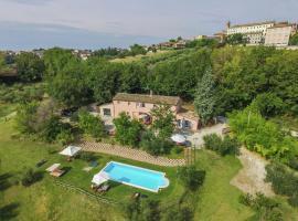 Apartment Paola 1, Morro d'Alba (San Marcello yakınında)