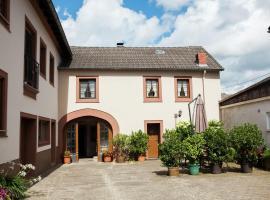 Bauernhof Dillenburg, Balesfeld (Nimshuscheid yakınında)