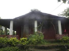 Dome Room, Kolād (рядом с городом Nāgothana)