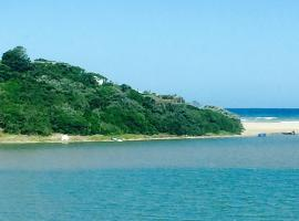 Mgwalana Beach Resort Accomodation, Mgwalana Mouth (in de buurt van Gibralter)
