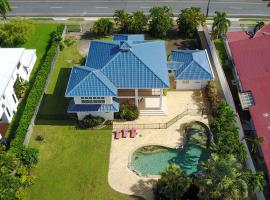 Cairns Kewarra Beach Tropical Holiday Home