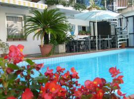Hotel Golf, Riccione (Berdekatan Fogliano Marina)