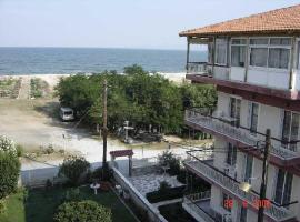 Hotel Angela, Аспровальта (рядом с городом Mavrothálassa)