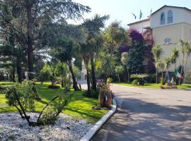 地中海酒店, Qualiano