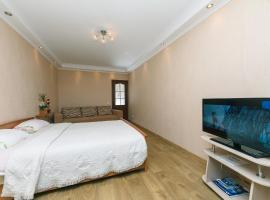 One Bedroom on Tumanyana
