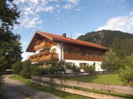 Ferienwohnung-Haus-Eva, Eschenlohe
