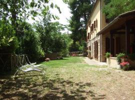 Agriturismo La Casa della Lavanda - Il Casale, Monte San Vito