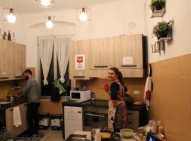 Home Genoa Hostel