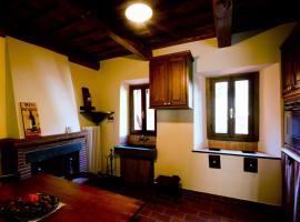 Casa Macina, Borgo a Mozzano