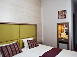7 Days Hotel Kiev
