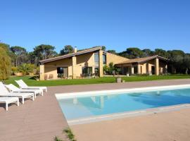 Villa Esclanya, Begur (Regencós yakınında)