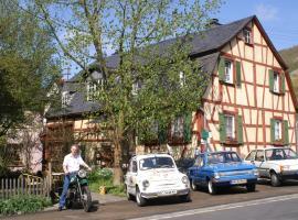 Ferienhaus Urlaub im Denkmal, Hahnenbach (Sonnschied yakınında)