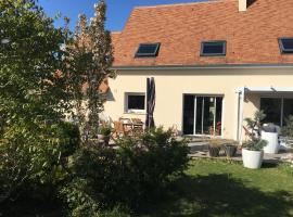 maison de la baie, Sallenelles (рядом с городом Bréville-les-Monts)